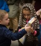 Поздравление детей и рождественская выставка_41