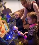 Поздравление детей и рождественская выставка_45