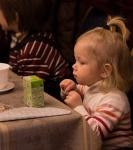 Поздравление детей и рождественская выставка_50