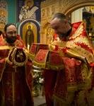 Божественную литургию Фоминой недели на петербургском подворье Коневской обители возглавил наместник монастыря _12