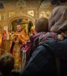 Божественную литургию Фоминой недели на петербургском подворье Коневской обители возглавил наместник монастыря _19