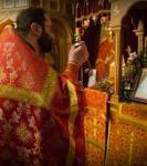 Божественную литургию Фоминой недели на петербургском подворье Коневской обители возглавил наместник монастыря _23