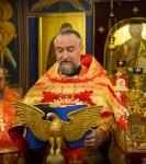 Божественную литургию Фоминой недели на петербургском подворье Коневской обители возглавил наместник монастыря _5